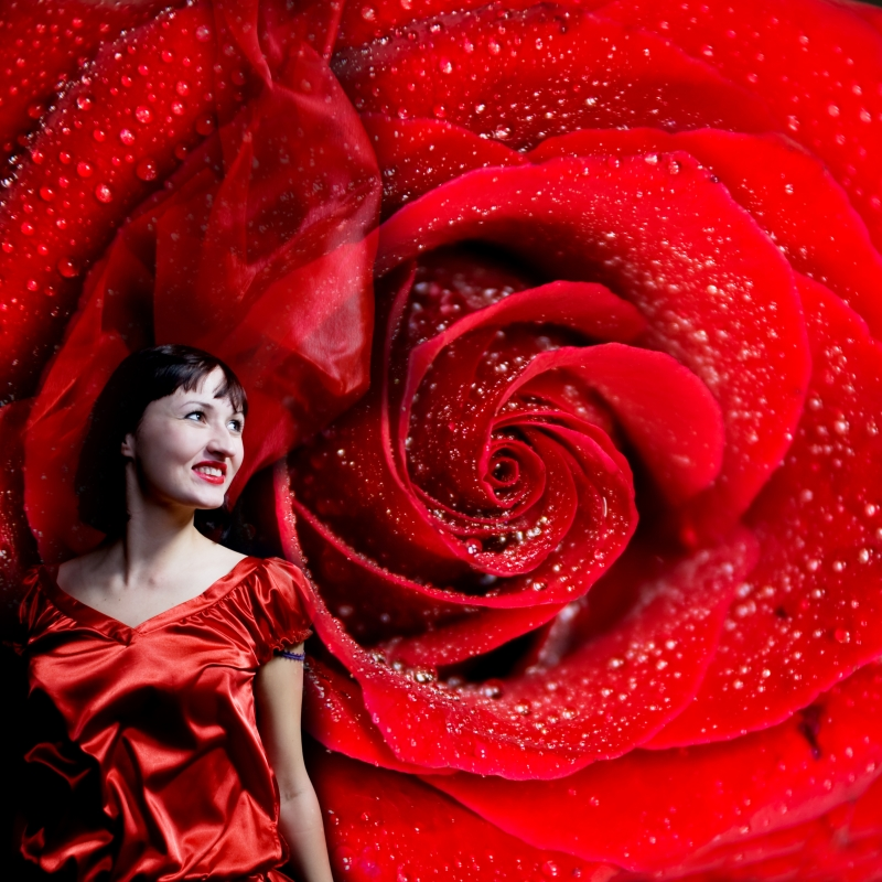 Apa de trandafiri Naturalis – pentru frumusete de poveste!