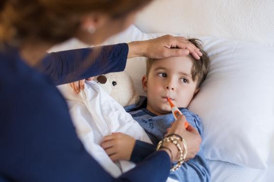 Febra la copii - sfaturi de la specialisti pentru gestionarea corecta a ei