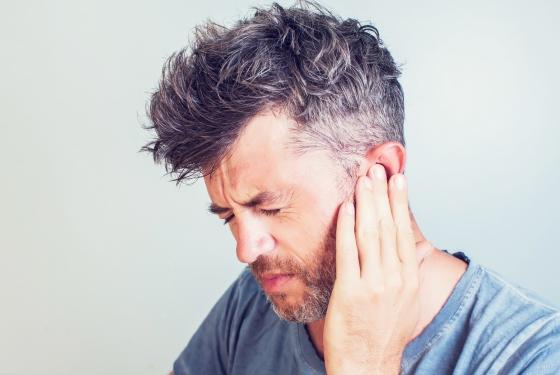 Urechi infundate: cauze si tratament